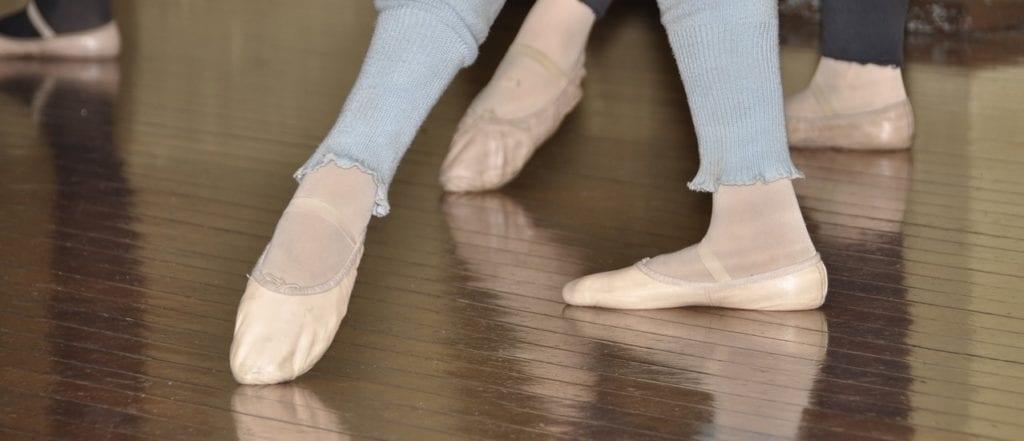 El calzado totalmente plano no es recomendable