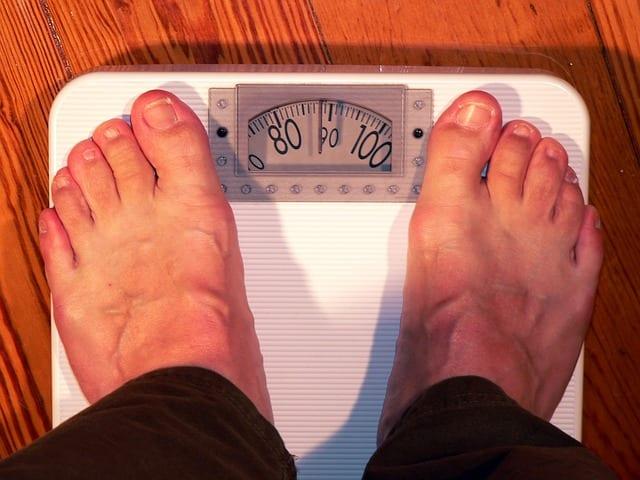 bascula sobrepeso pies