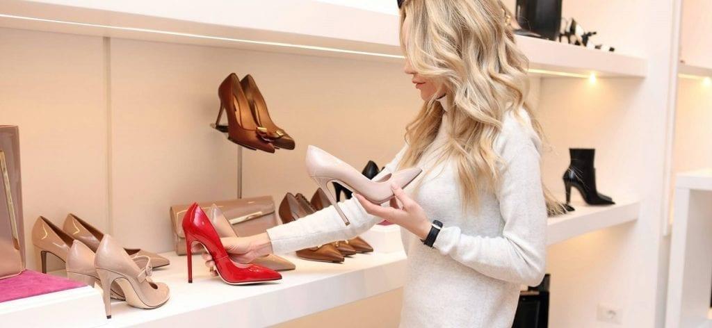 Errores que no se deben cometer al adquirir unos zapatos