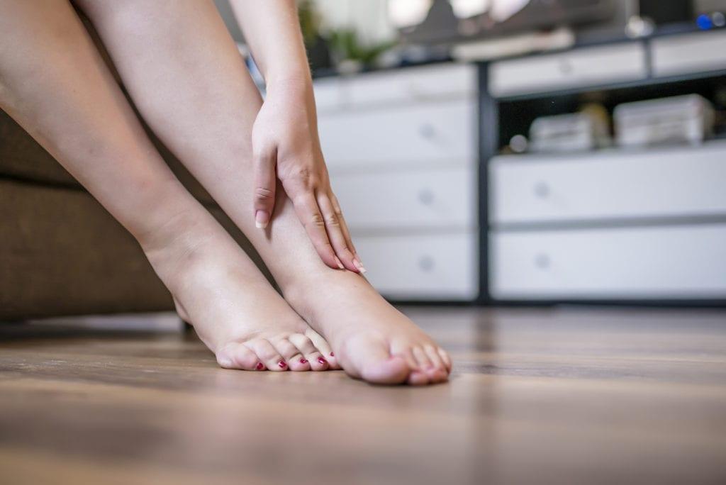 ¿Cuáles son las dolencias más frecuentes en los pies?