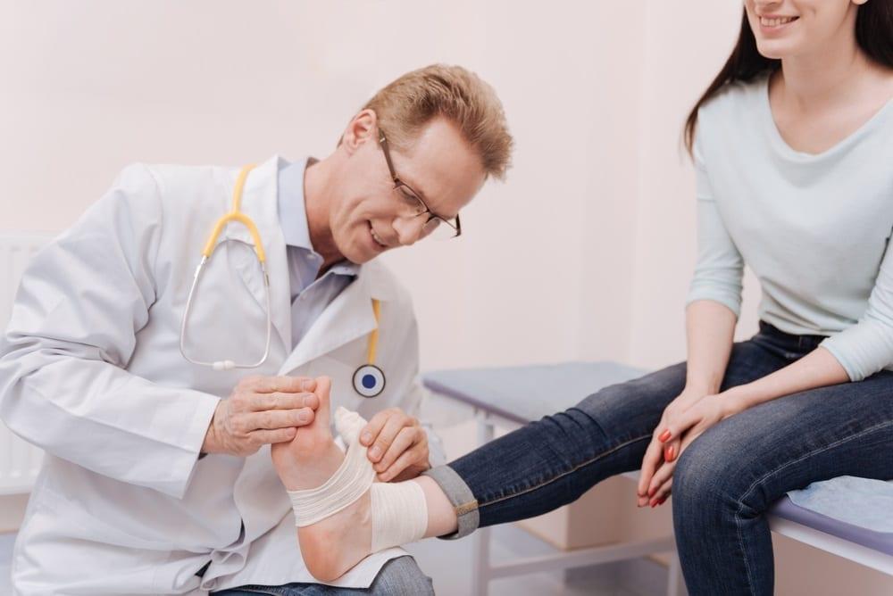 Haben Sie Schmerzen in Ihren Füßen? Minimal-invasive Fußchirurgie