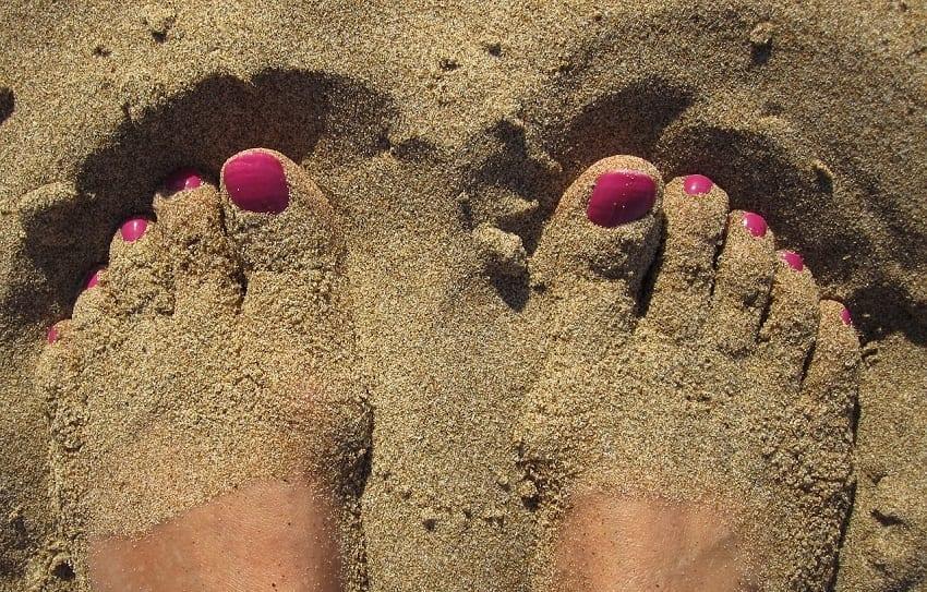 el cuidado de los pies en verano
