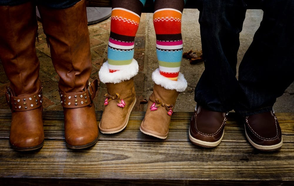 ¿Conviene que los niños usen calzado heredado?